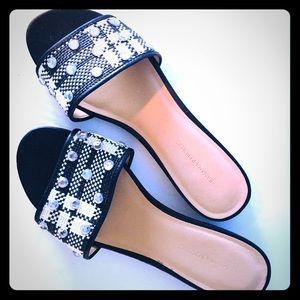 BR Jeweled slippers sandals